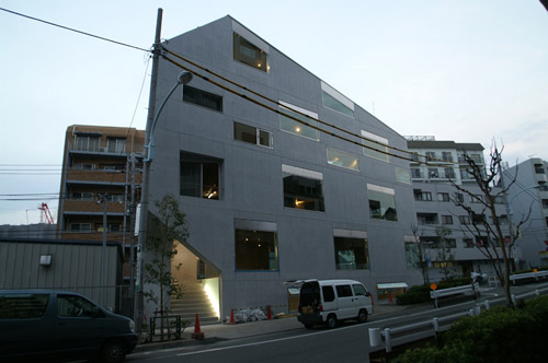 Mado Building - Atelier Bow-Wow